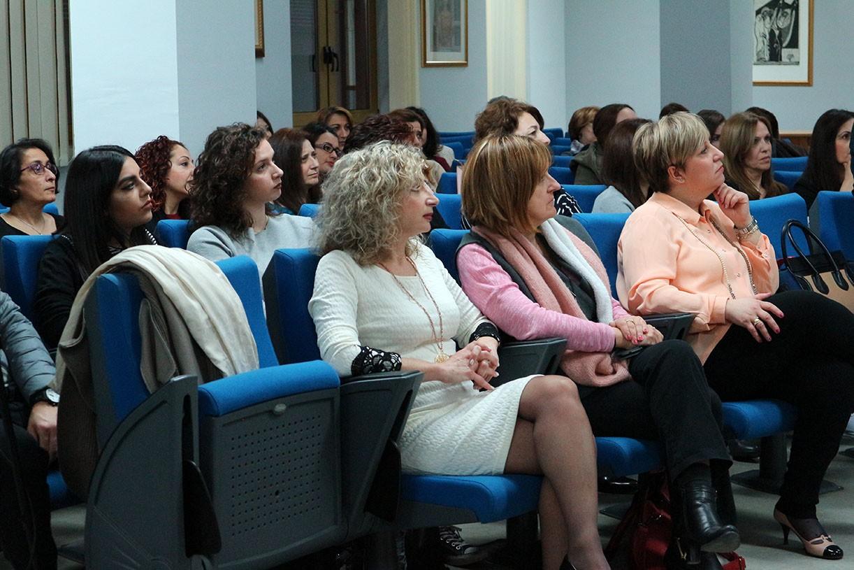 Η εκδήλωση πραγματοποιήθηκε στο πλαίσιο προγράμματος που υλοποιείται σε όλη  την Ελλάδα από την επιστημονική εταιρία «Παίζοντας» του Ιδρύματος Σταύρος  ... 1dd60f6f82d
