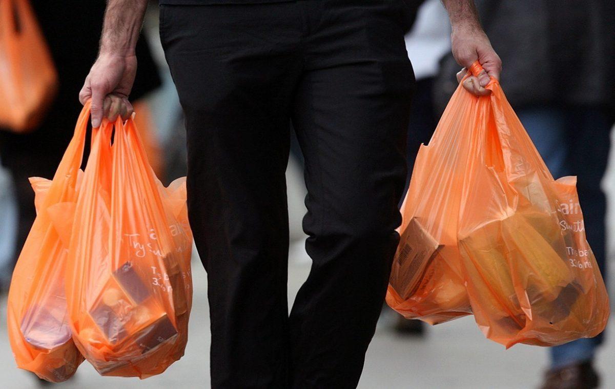 Περιβαλλοντικό τέλος» στις πλαστικές σακούλες - KAVALA POST fa3c2004561